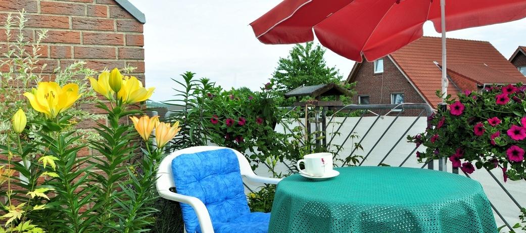 tipps f r den urlaub auf balkonien warnholz immobilien gmbh newsletter mit interessanten. Black Bedroom Furniture Sets. Home Design Ideas
